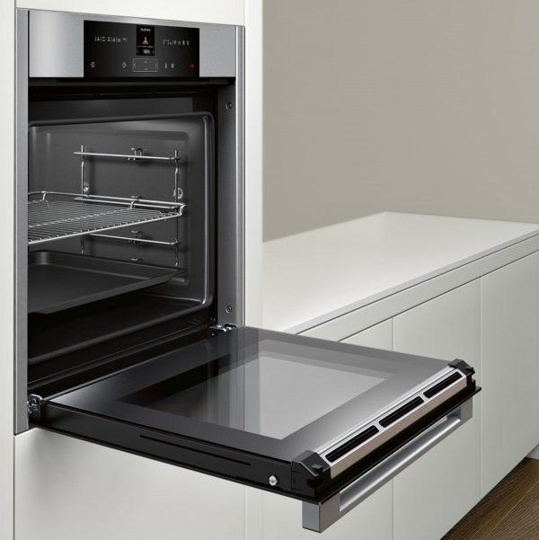 Neff B15CR32N1B Single Oven