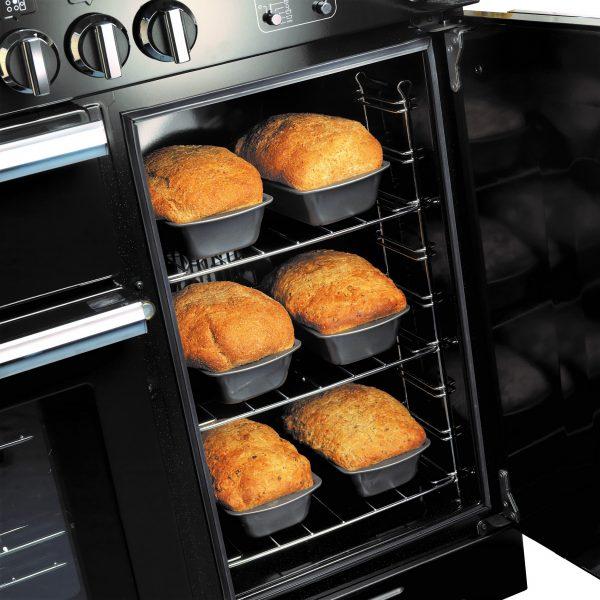 Rangemaster Professional+ Large capacity oven Black