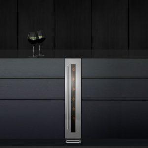 Caple Wi157 CLASSIC Undercounter Single Zone Wine Cabinet